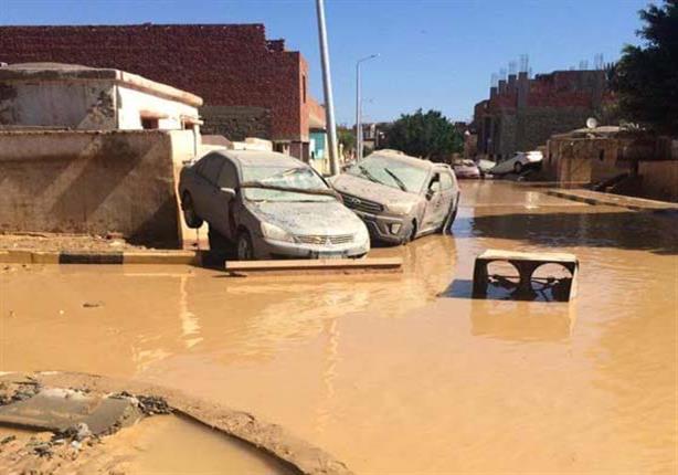 """4 روايات تحكي معاناة أهالي رأس غارب بسبب السيول: """"لينا ربنا"""""""