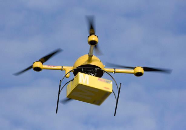 طائرة بدون طيار لنقل الكتب في الإمارات