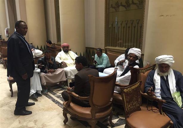 ''عبدالعال'' يلتقى وفد النوبة لحل أزمة التوطين.. والأهالي: نريد تفعيل الدستور
