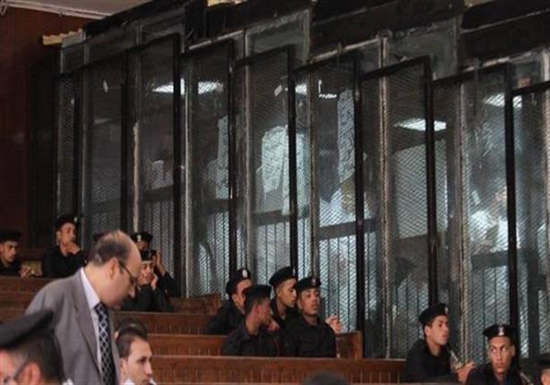 تأجيل إعادة محاكمة 3 متهمين في