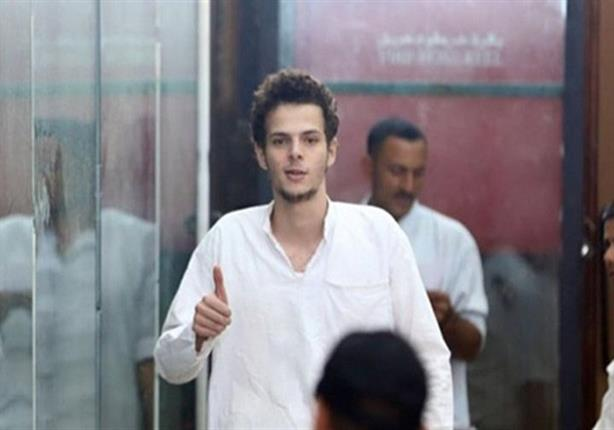 تأييد حبس المصور عمر عادل في اتهامه بالانضمام لجماعة محظورة