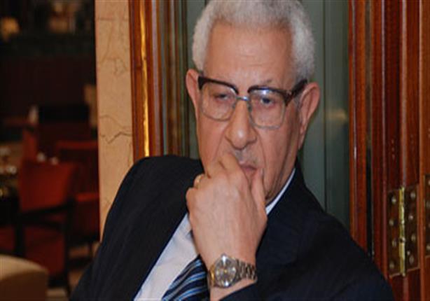 مكرم محمد أحمد يرفض إجراء مداخلة مع عضو نقابة الصحفيين.. والأخير