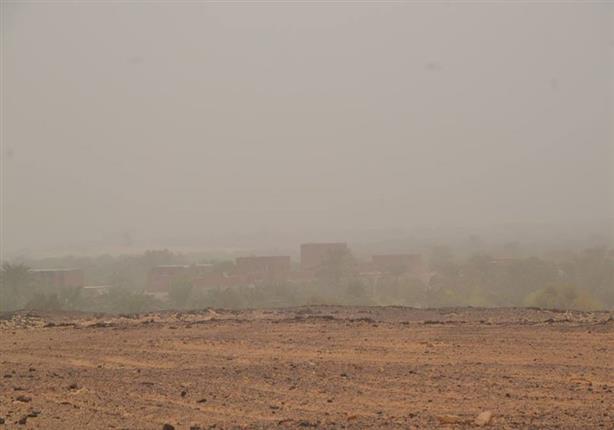 عواصف ترابية مصحوبة بانخفاض في درجات الحرارة تهب على الوادي الجد