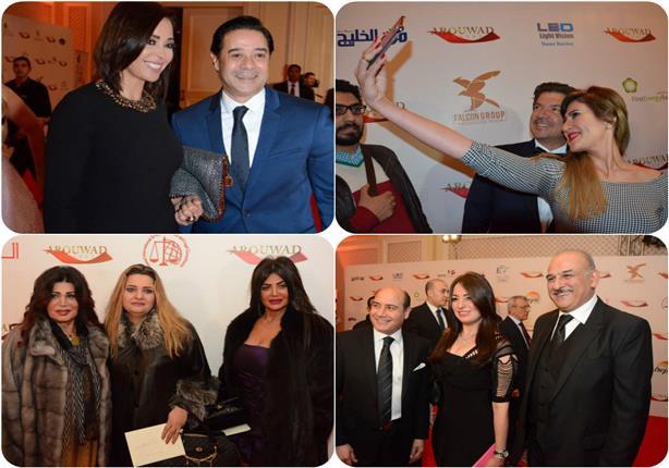 """50 صورة لتكريم فنانين وإعلاميين وسياسيين في مهرجان """"الرواد"""""""