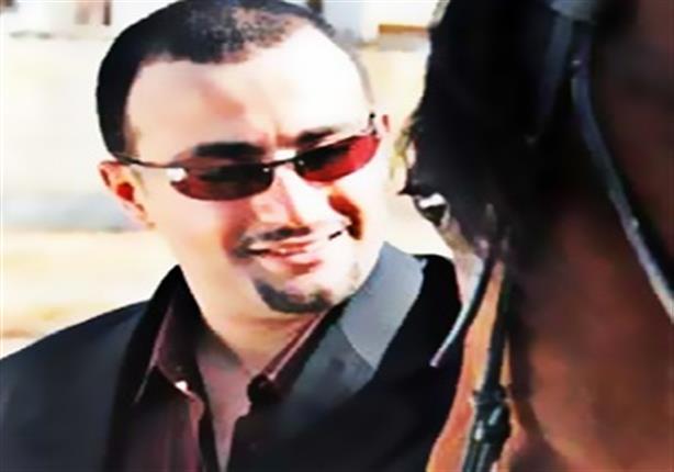 أحمد السقا يستعد للسفر إلى لندن بعد الاطمئنان على صحة ابنته