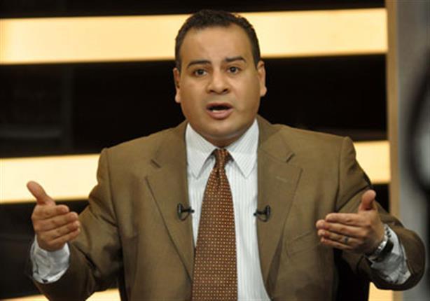"""بالفيديو - """"القرموطي"""" يدعم المكفوفين في مصر على طريقته الخاصة"""