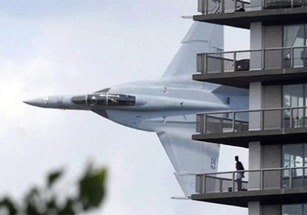 بالفيديو اخطر مشاهد لمقاتلات عسكرية تحلق قريبة من الارض