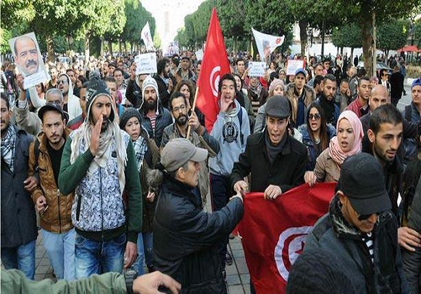 تونس: عاطلون يقطعون أكثر من 300 كيلومتر سيرا على الأقدام للمطالبة بالتشغيل