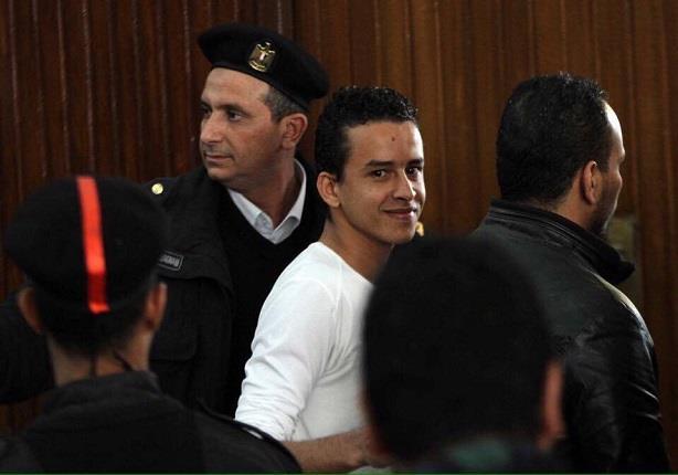 """13 منظمة حقوقية: تمديد الحبس الاحتياطي لـ""""معتقل التيشيرت"""" خرق للقانون"""