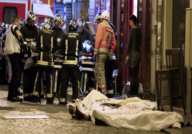 فيديو مروع لانتحاري باريس يفجر