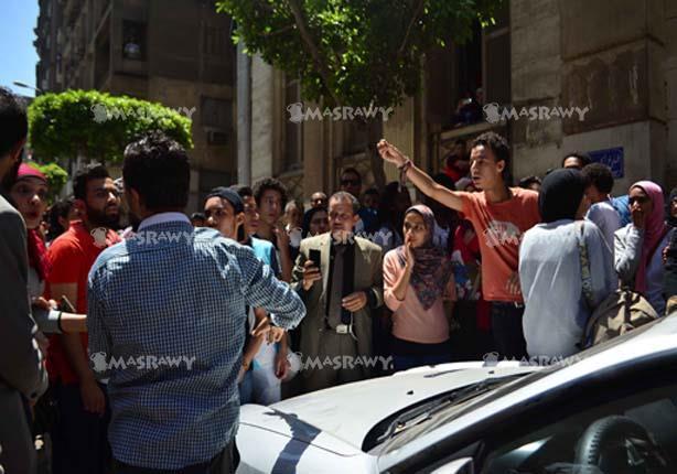 """محامي """"متظاهري الأرض"""" المُلغى حبسهم: سنطالب بتقسيط مبلغ الغرامة"""
