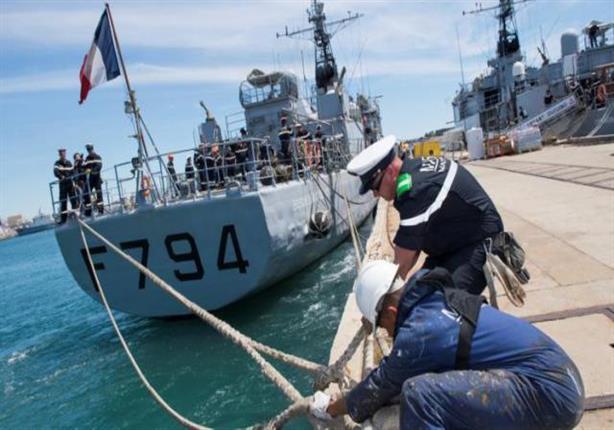 سفينة فرنسية تصل إلى موقع تحطم طائرة مصر للطيران للبحث عن الصندوقين الأسودين