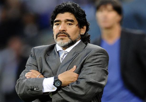 مارادونا معروض لتدريب سموحة.. والنادي يتجه للرفض