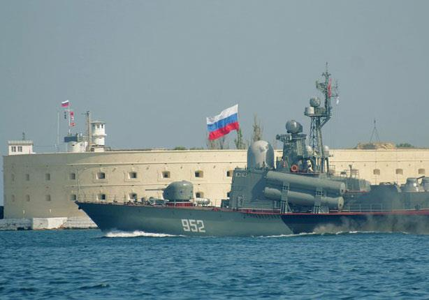 روسيا تسلم مصر سفينة صواريخ حربية الشهر المقبل
