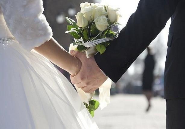 بالفيديو.. سعودي يروي تفاصيل زواجه من 57 امرأة.. أقصر زواج نصف ساعة!
