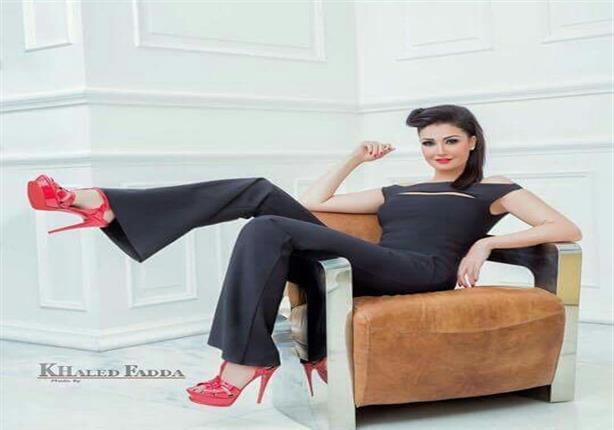 """بالصور.. غادة عبد الرازق تصالح جمهورها بـ""""لوك"""" جديد"""