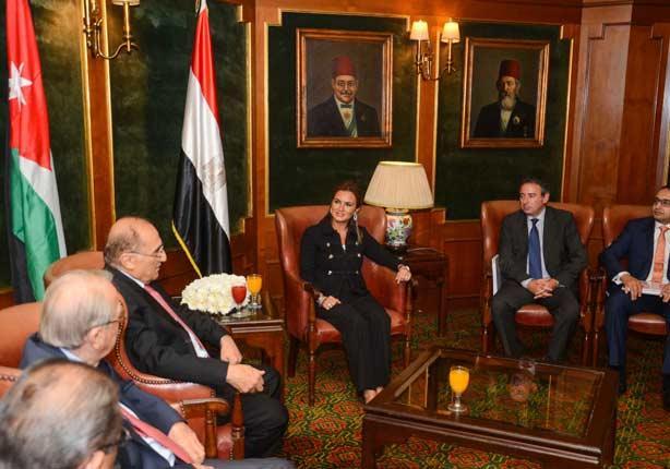 سحر نصر توضح أسباب إقامة 5 مشروعات قومية بمصر من وجهة نظر السيسي