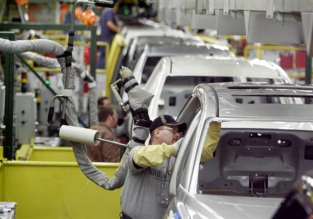 """السيارات """"ذاتية القيادة"""" تدفع الشركات للتوقف عن إنشاء مصانع جديدة!"""