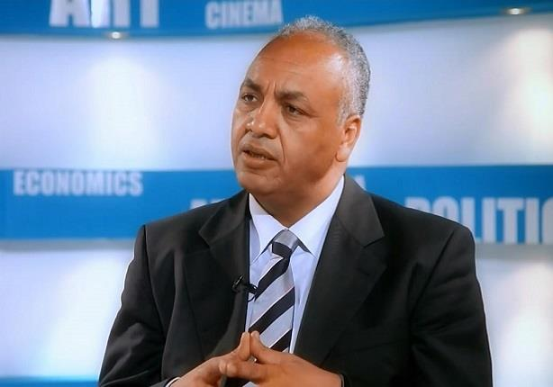 تعليق مصطفى بكري على مشاركة وزير الخارجية في جنازة شيمون بيريز