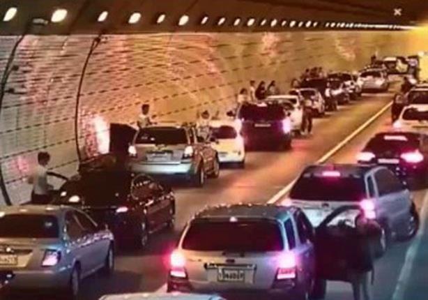في حالة وقوع حادث مروري.. تعلم كيفية تنظيم المرور من الكوريين