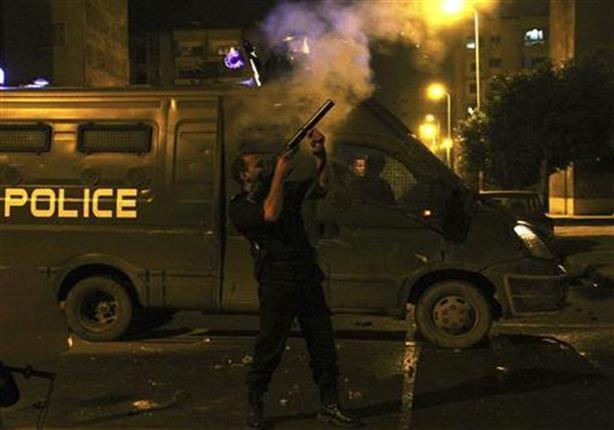 الأمن يطلق القنابل المسيلة على محتجين على أحكام الإعدام في بورسعيد