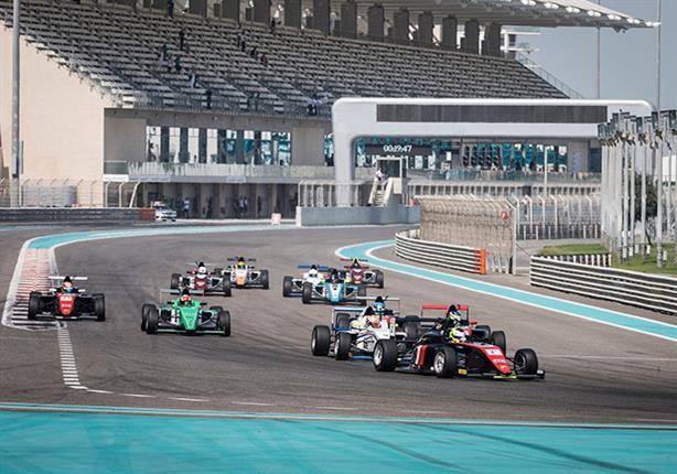 موتوبارك يتوج رسمياً بلقب بطولة فورمولا 4 الإمارات