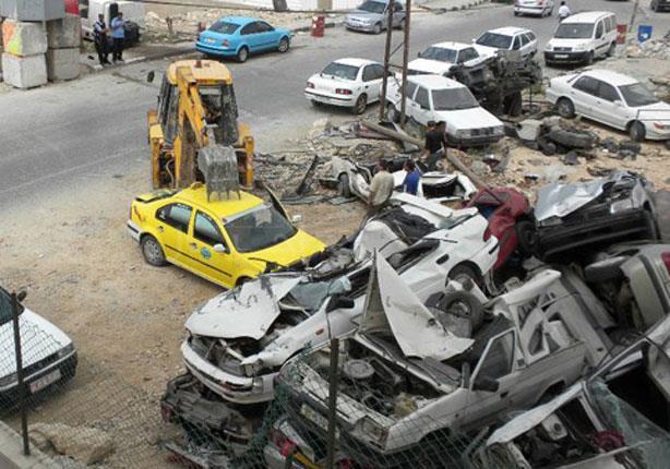 وسيلة الشرطة الفلسطينية للتخلص من السيارات الإسرائيلية المنتهي ترخيصها
