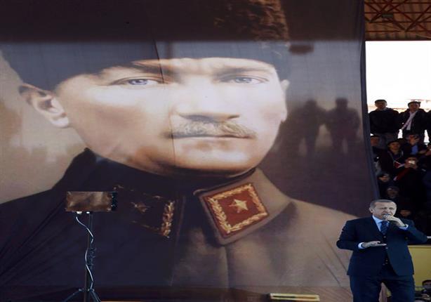 """موقع قبرصي: خطاب أردوغان الإعلامي بعد انقلاب يوليو جعله من """"الآلهة"""" في نظر الأتراك"""