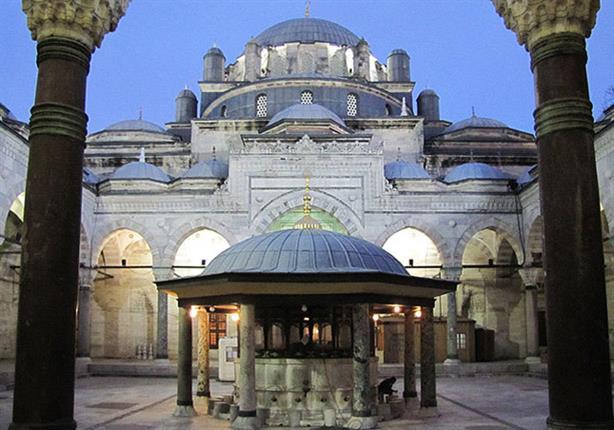 """مسجد """"السلطان بايزيد"""".. حكاية أثر يونانى افقدته النيران قيمته فى ثوانى"""