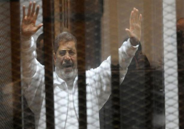 الجنايات تستأنف إعادة محاكمة مرسي و25 آخرين بـ
