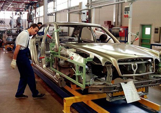 قرار رئيس لجنة الصناعة في البرلمان بشأن استراتيجية صناعة السيارات