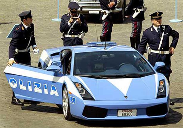 الشرطة الإيطالية تنجح في إنقاذ جثة مؤسس