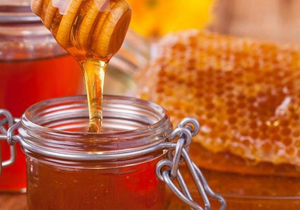 الماء بالعسل.. قوة للأبدان وشفاء من الأمراض