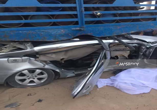 """بالصور.. مصرع 4 شباب في حادث مروع أمام """"حدائق الأهرام"""""""