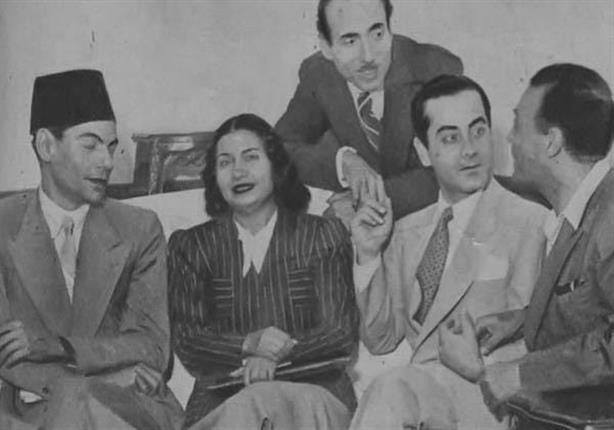 صورة نادرة تجمع بين 4 من عمالقة الغناء