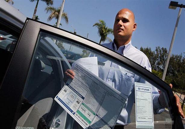 أكاذيب 7 سيخبرك بها تاجر السيارات عند الشراء.. احذرها