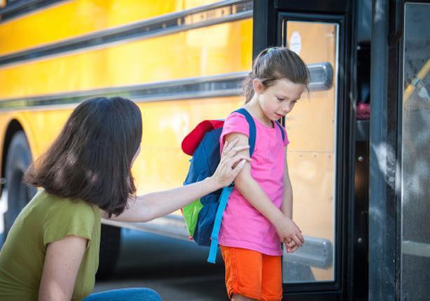 هذا ما عليك فعله إذا رفض طفلك الذهاب إلى المدرسة