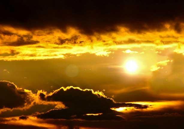 أين كان عرش الرحمن قبل خلق السموات والأرض؟