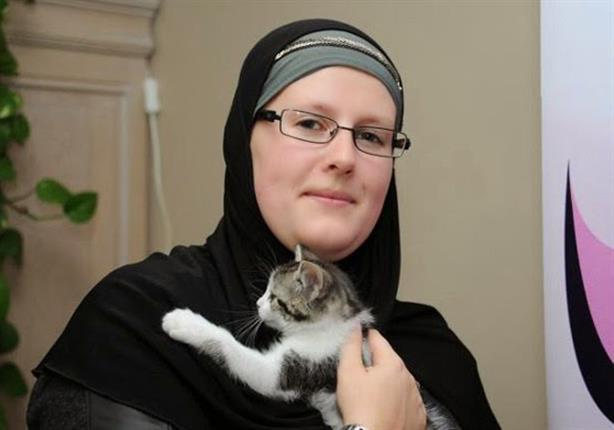 بيتها مركز إسلامي.. قصة بلجيكية أسلم عليها يديها 1000 شخص