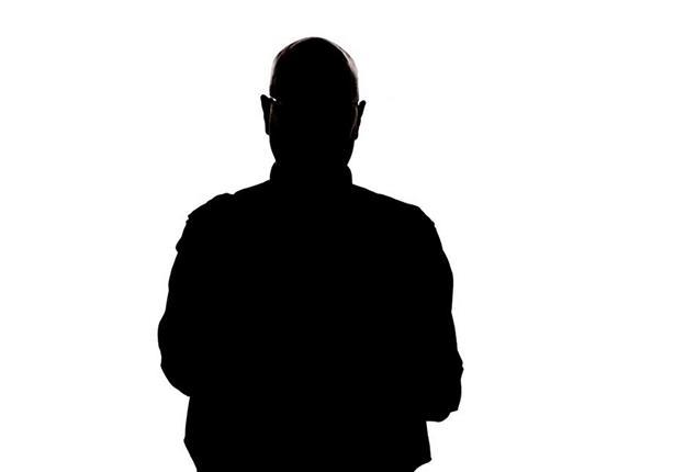 من هو الصحابي الذي كتب وصيته بعد استشهاده؟