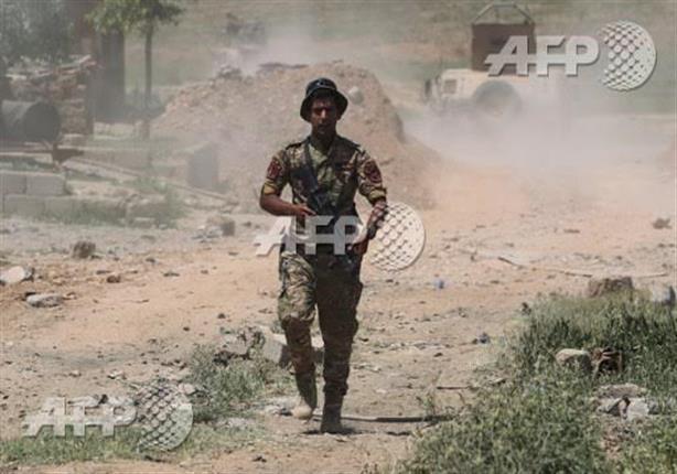 صورة وخبر: استمرار معركة الموصل وجندي في ساحة قتال