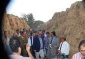 محافظ الشرقية يوصي بتسليم قش الأرز للمحليات لمقاومة السحابة السوداء