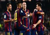 """لاعبو برشلونة يحتفلون بميسي """"الهداف التاريخي للدوري الإسباني"""""""