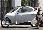 بالفيديو والصور ... سيارة ضد حوادث السير