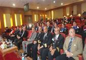 وفد ''مصر للطيران'' يزور موقع حفر القناة الجديدة