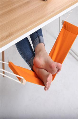 بالصور .. إختراعات مكتبية مبتكرة من أجل راحة الموظفين