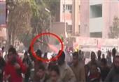 فيديو لأحد الإرهابيين يطلق الخرطوش على زملائه من الخلف