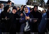 35 صورة ترصد دموع وأحزان أهالي ضحايا حادث سيناء لحظة استلام الجثامين