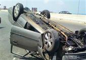 مصرع طفلين وإصابة 2 آخرين في انقلاب سيارة بطريق