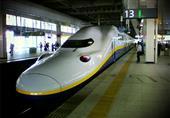 فيديو.. تقنية حديثة في محطات القطارات باليابان لمنع الحوادث
